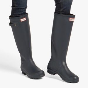 Hunter Original Tall Waterproof Rain Boot w/ Socks